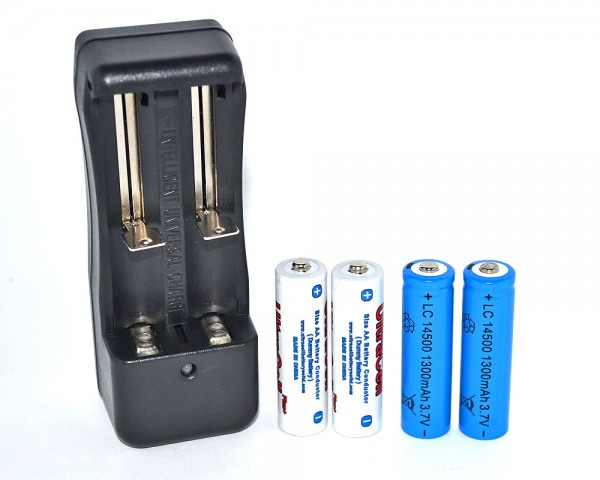 Заместващ комплект АА и 220V зарядно
